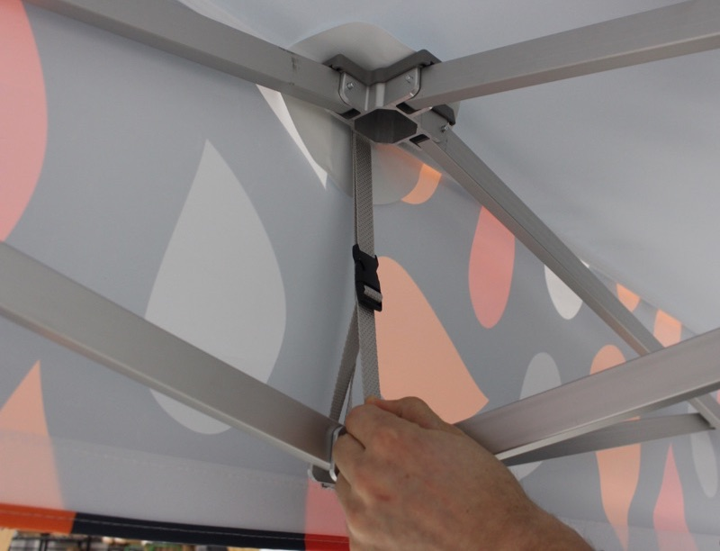 valance tensioner on pop up canopy